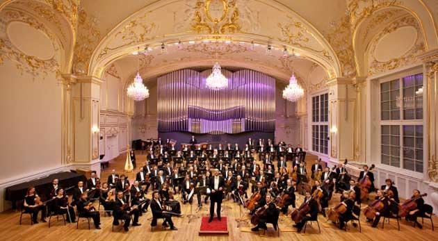 Súťaž o vstupenky na Otvárací koncert 67. koncertnej sezóny Slovenskej filharmónie 22.10.2015