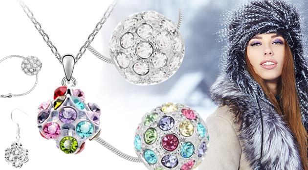 Set elegantných šperkov so zirkónmi: náušnice a retiazka s príveskom