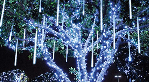 Vianočná led ozdoba - padajúce svetlo