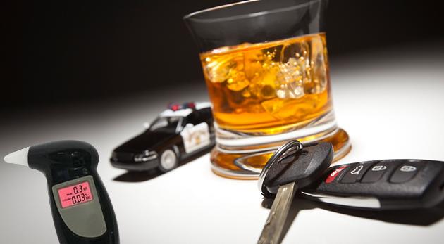 Vreckový alkohol tester s presnosťou na desatiny promile