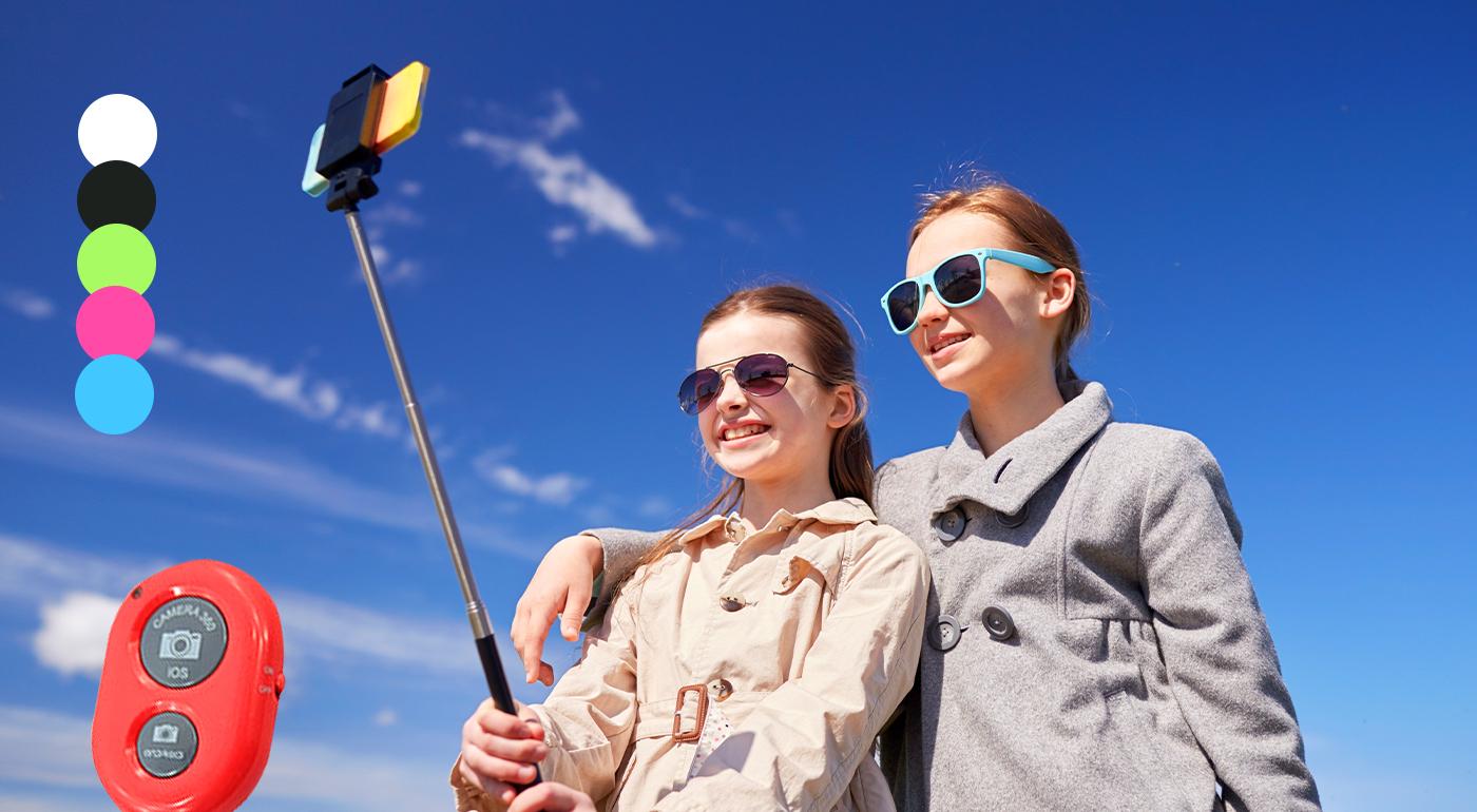 Teleskopický bluetooth selfie držiak v 5 farbách pre vaše parádne selfie fotky