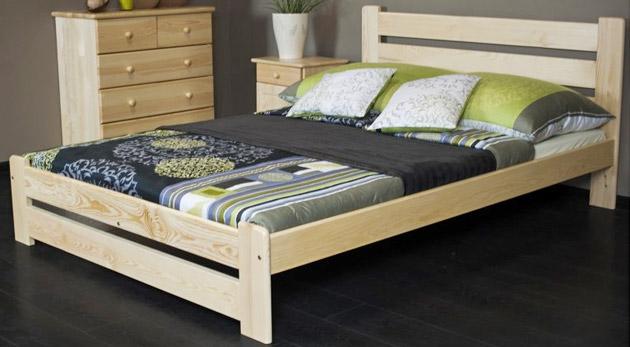 Pohodlné a kvalitné postele z masívneho borovicového dreva vrátane roštu a možnosťou dokúpenia zdravotného matracu