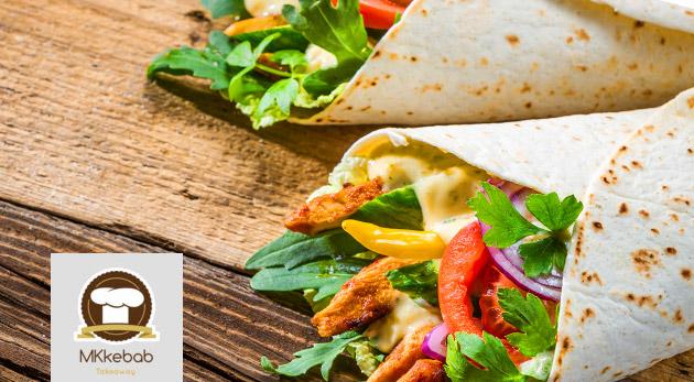 Kebab v placke alebo arabskom chlebe s nápojom