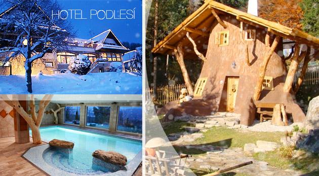 Rozprávkový Hotel Podlesí s polpenziou a bazénom v rezorte Pohádkovej vesničky Podlesíčko