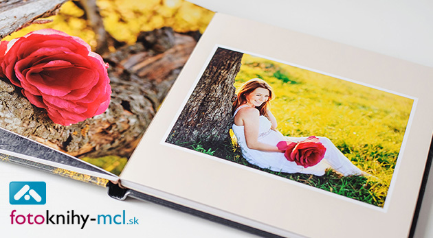 Fotozošit alebo fotokniha s vašimi najlepšími fotografiami. Potlač dosiek zadarmo