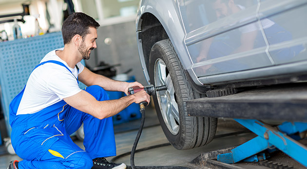 Prezutie pneumatík a ich kompletné vyváženie v pneuservise pri Poluse