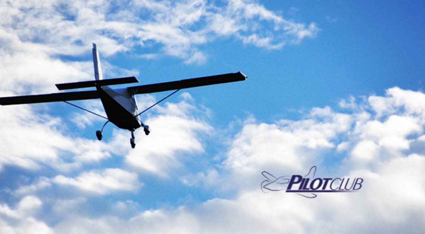Nezabudnuteľný zážitkový let športovým lietadlom s možnosťou pilotovania a výberom trasy