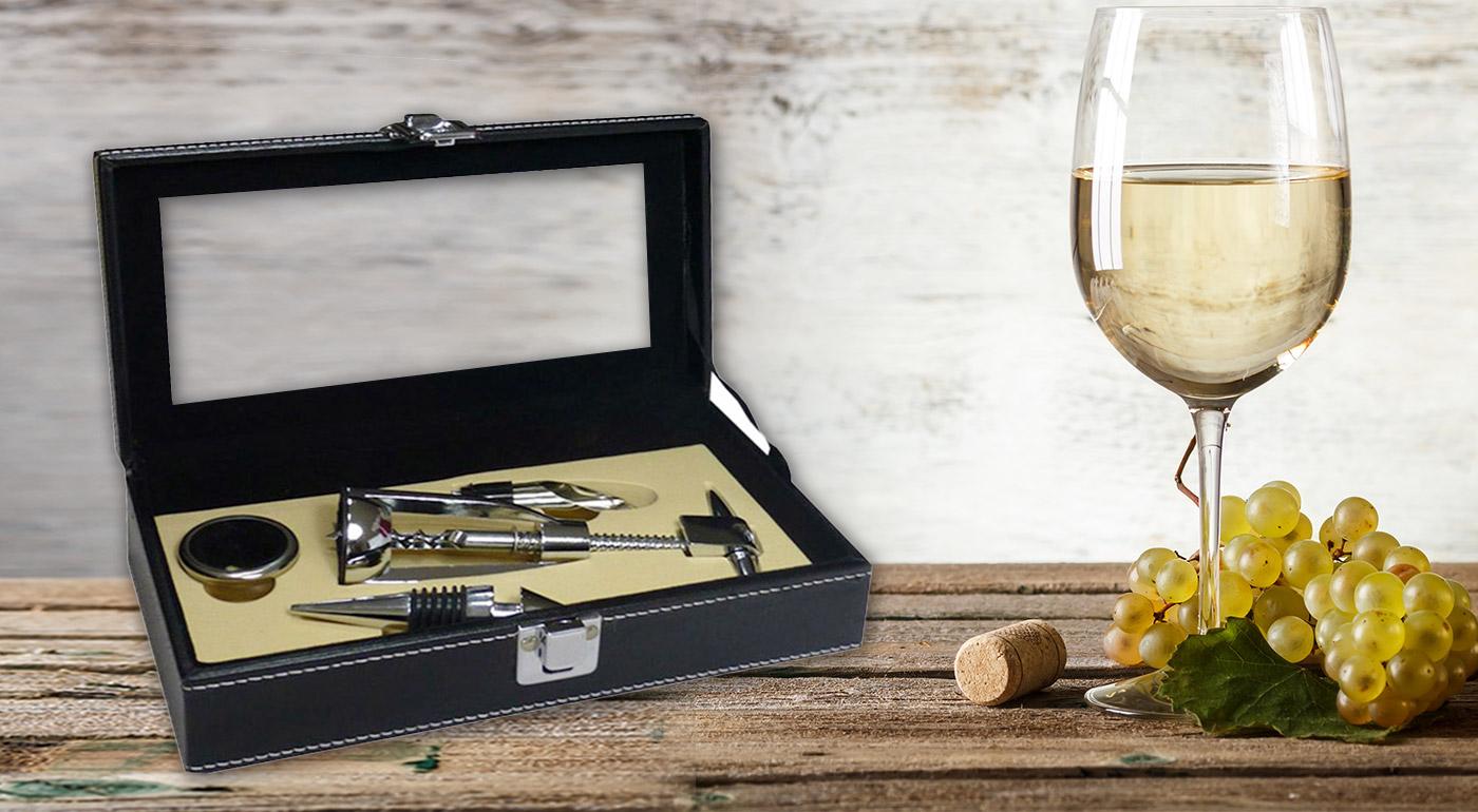 Exkluzívna darčeková krabička s vinárskou súpravou pomôcok