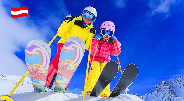 Rodinná lyžovačka v rakúskych Alpách pri ski areáloch Lackenhof a Hochkar