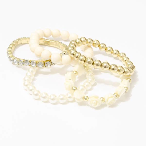Perlový náramok s ružičkami - biela farba
