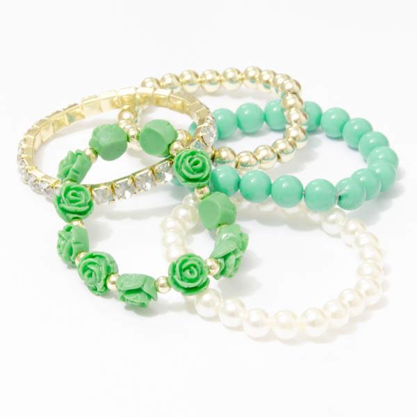 Perlový náramok s ružičkami - zelená farba