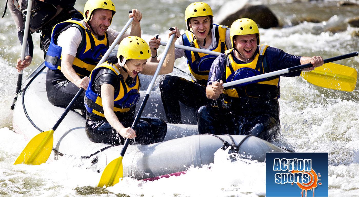 Trochu adrenalínu nikomu neuškodí! Doprajte si zážitok na celý život - rafting na umelom kanáli v Liptovskom Mikuláši alebo splav rieky Belá