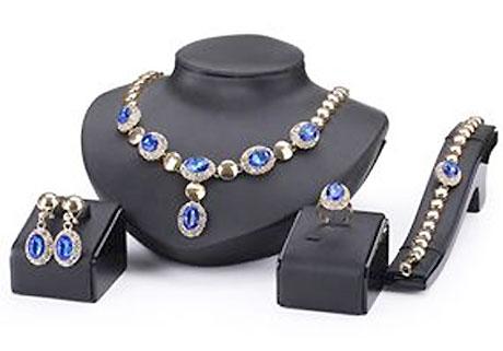 4 dielny set šperkov Queen modrý - náhrdelník, náušnice, náramok, prsteň