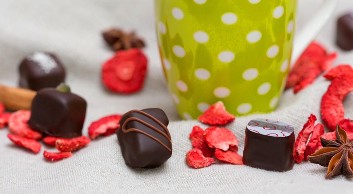 BIO ručne vyrobené pralinky z pravej belgickej čokolády v darčekovom balení