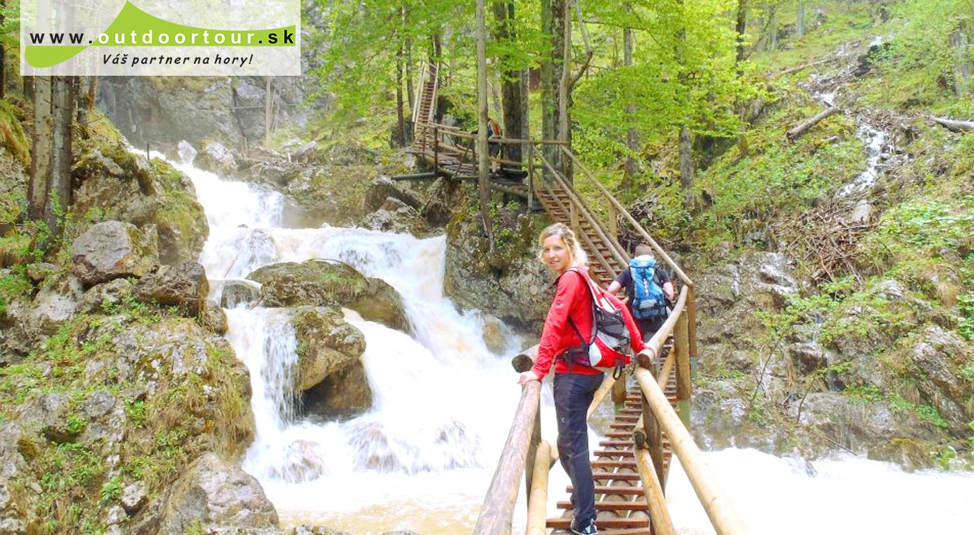 Poďte si dať túru do Medvedej rokliny v rakúskych Alpách!