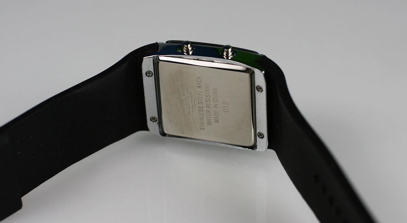 Digitálne LED hodinky pre pánov  ace22bb288
