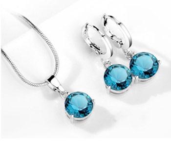 Elegantný 2-dielny set šperkov s brúsenými kryštálikmi - modrá