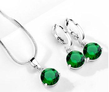 Elegantný  2-dielny set šperkov s brúsenými kryštálikmi - zelená