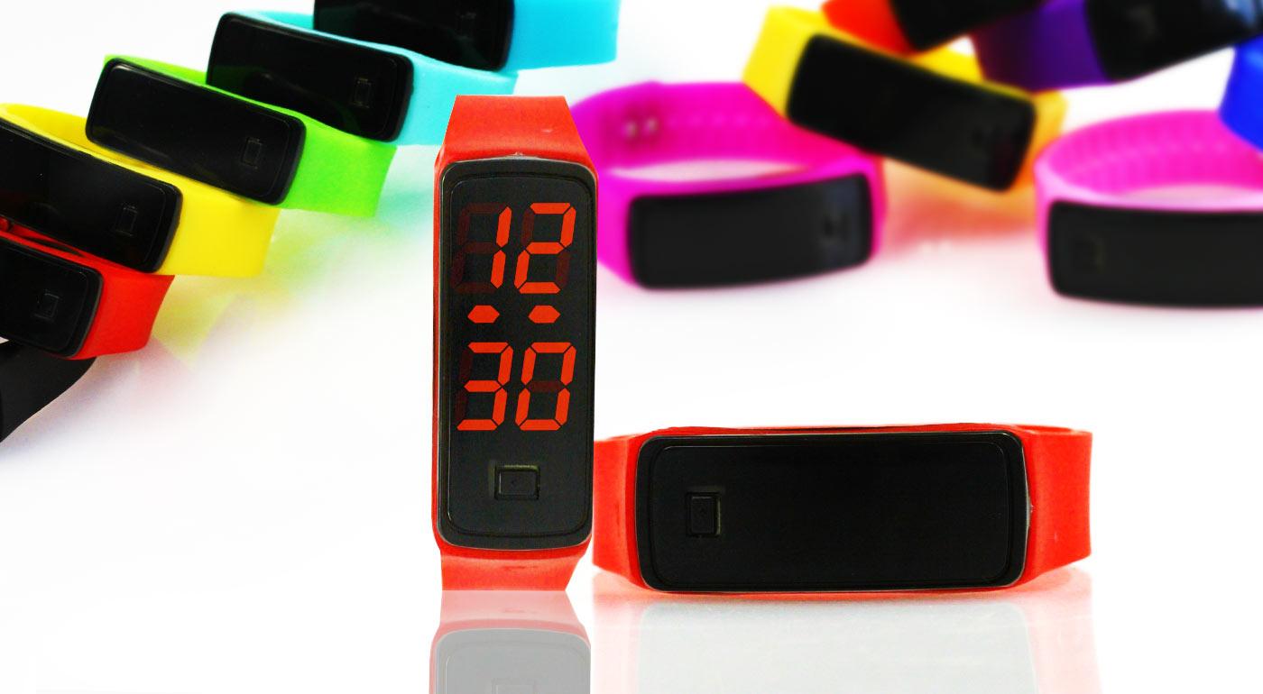 Silikónové hodinky s LED displejom v neónovo-žiarivých farbách