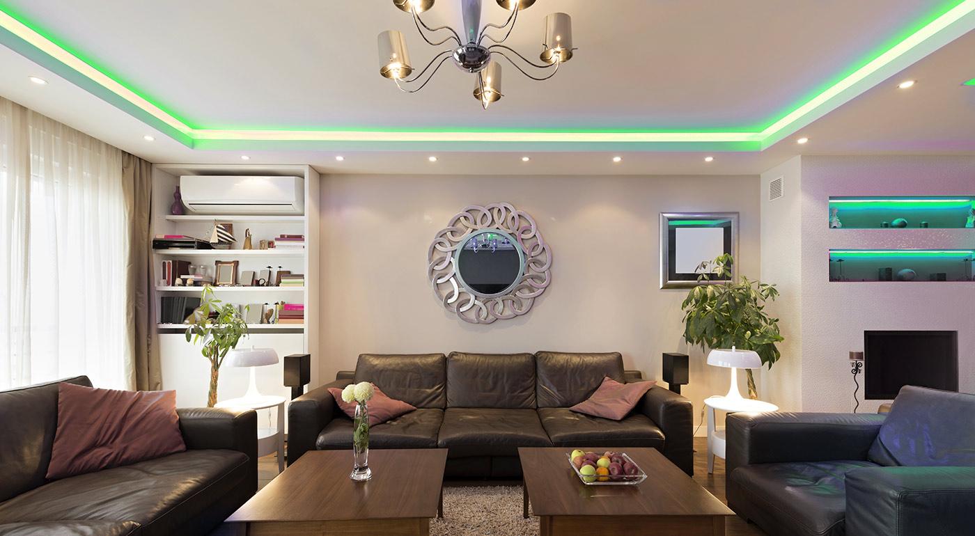 Biely alebo farebný LED pás pre interiér aj exteriér