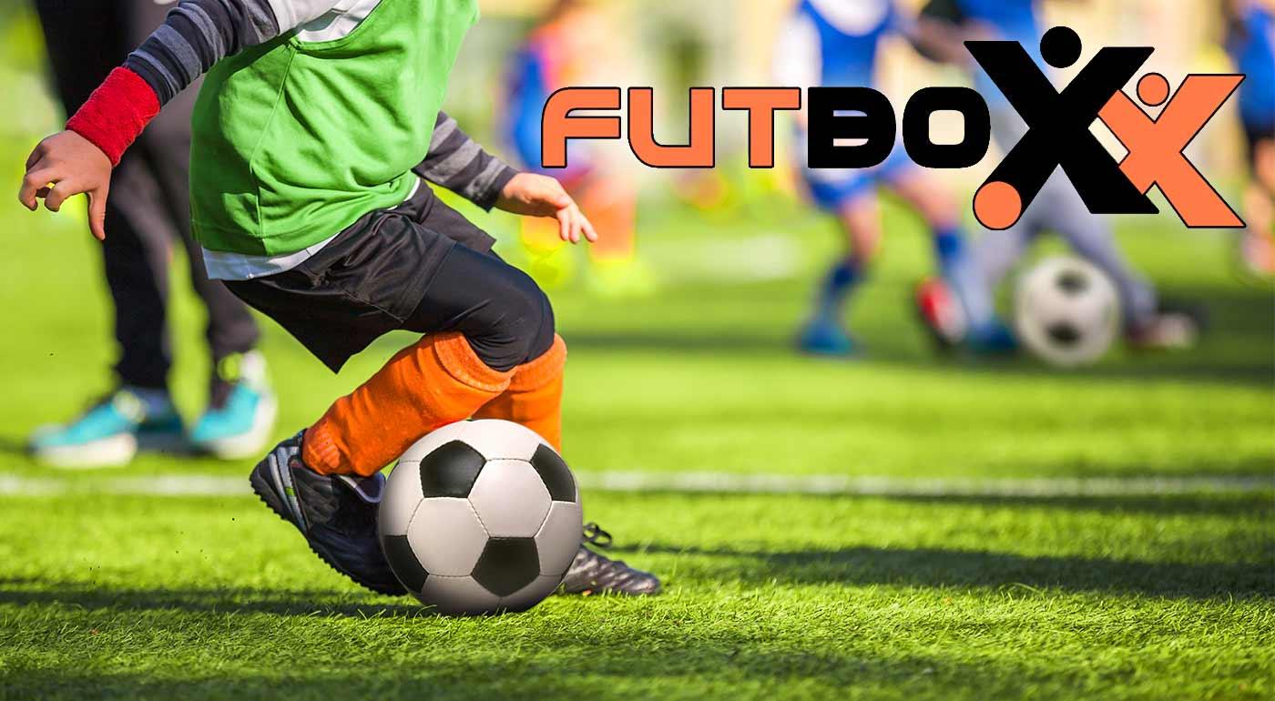 Góly, víťazstvá a kopec radosti zo športu v detskom dennom tábore vo FUTBOXE v Polus City Center