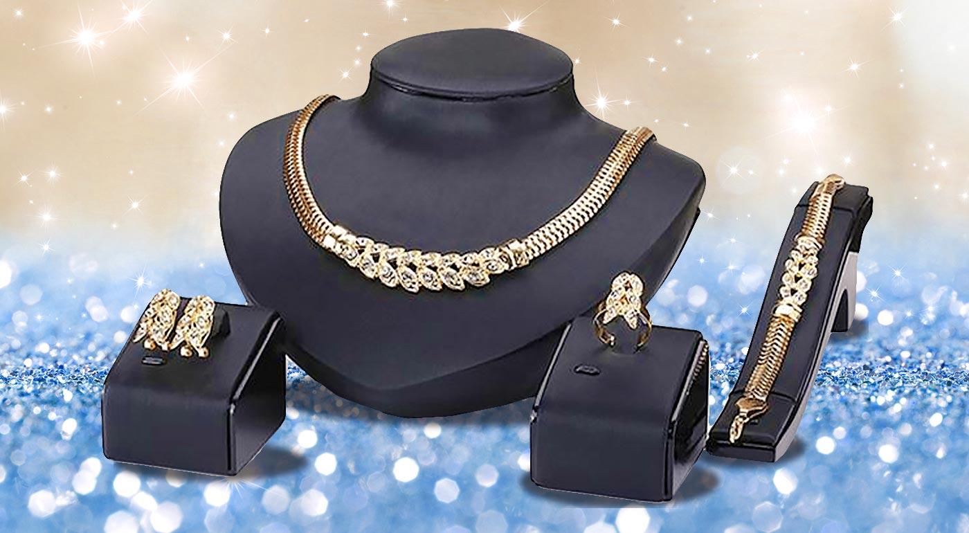 Luxusný 4-dielny set šperkov v zlatej farbe