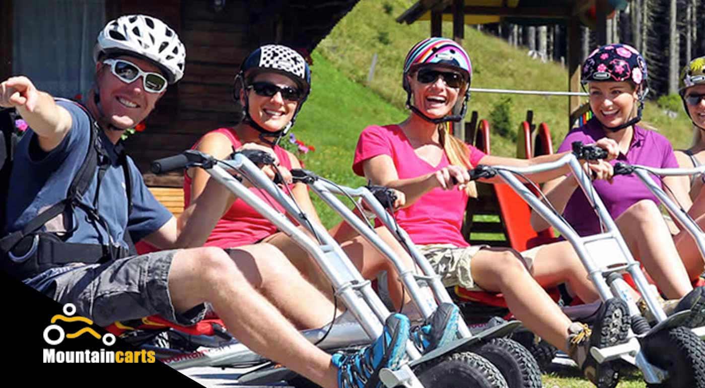 Downhillová jazda na bezmotorových trojkolkách