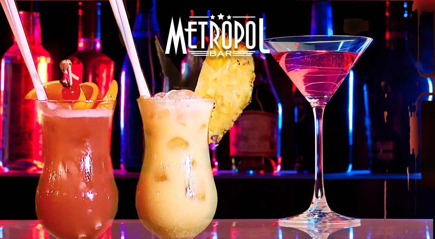5 druhov koktailov v bare Metropol v centre Bratislavy