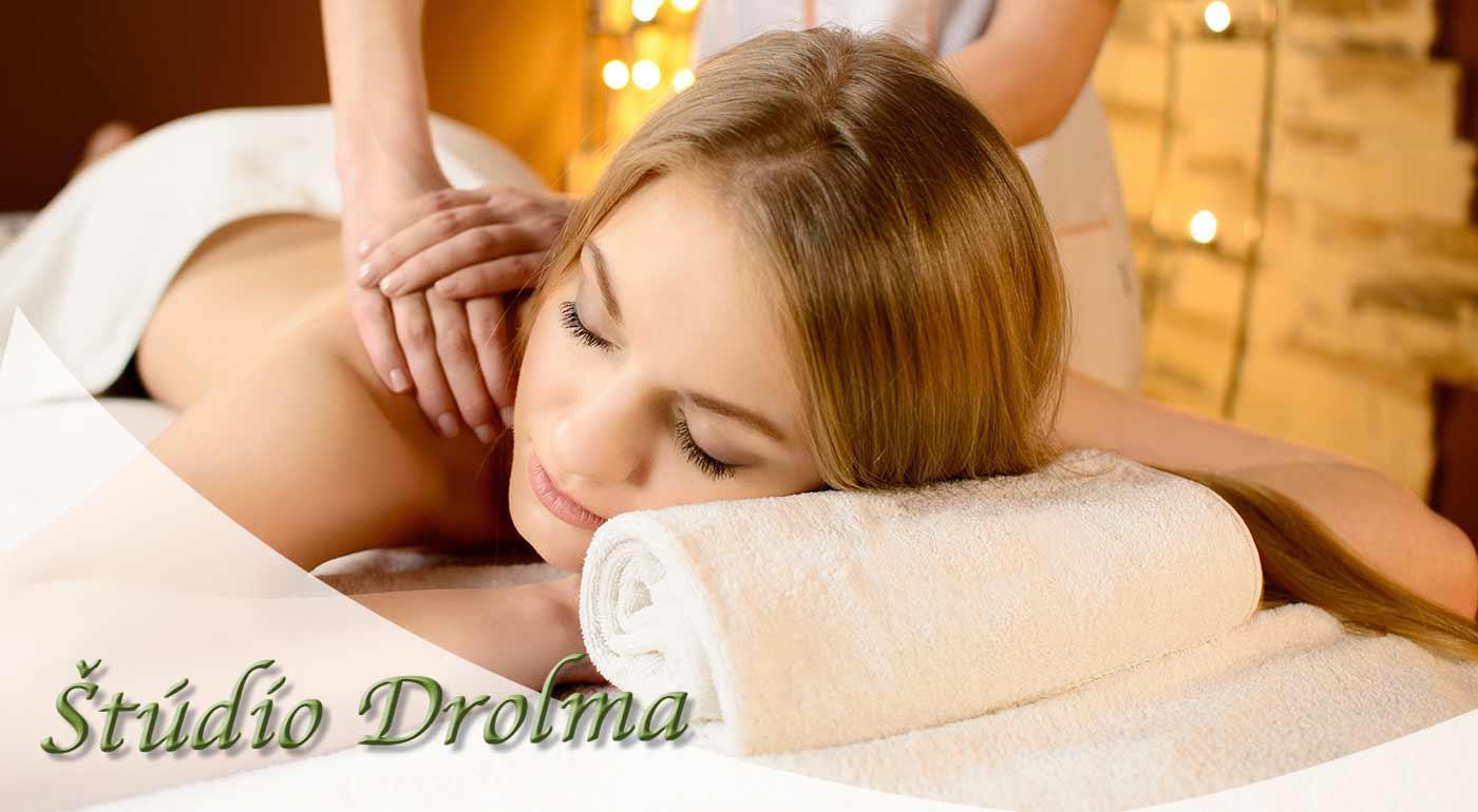 Masáž so zameraním na krčnú chrbticu v Štúdiu Drolma v Bratislave