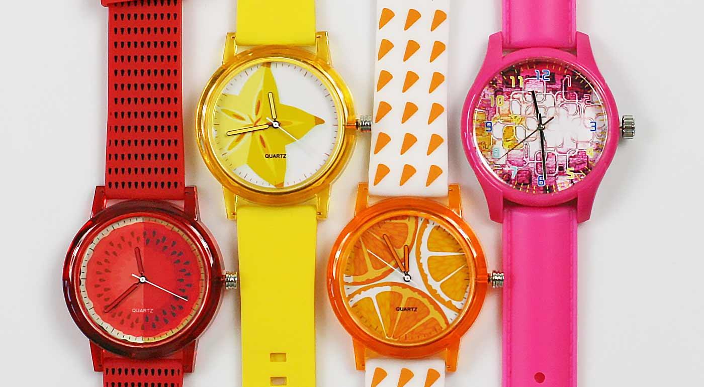 Svieže dámske hodinky, ktoré dokonale ozdobia zápästie každej ženy - výrazný farebný doplnok k vašim outfitom!  Teraz s bonusom 3+1 ZADARMO!