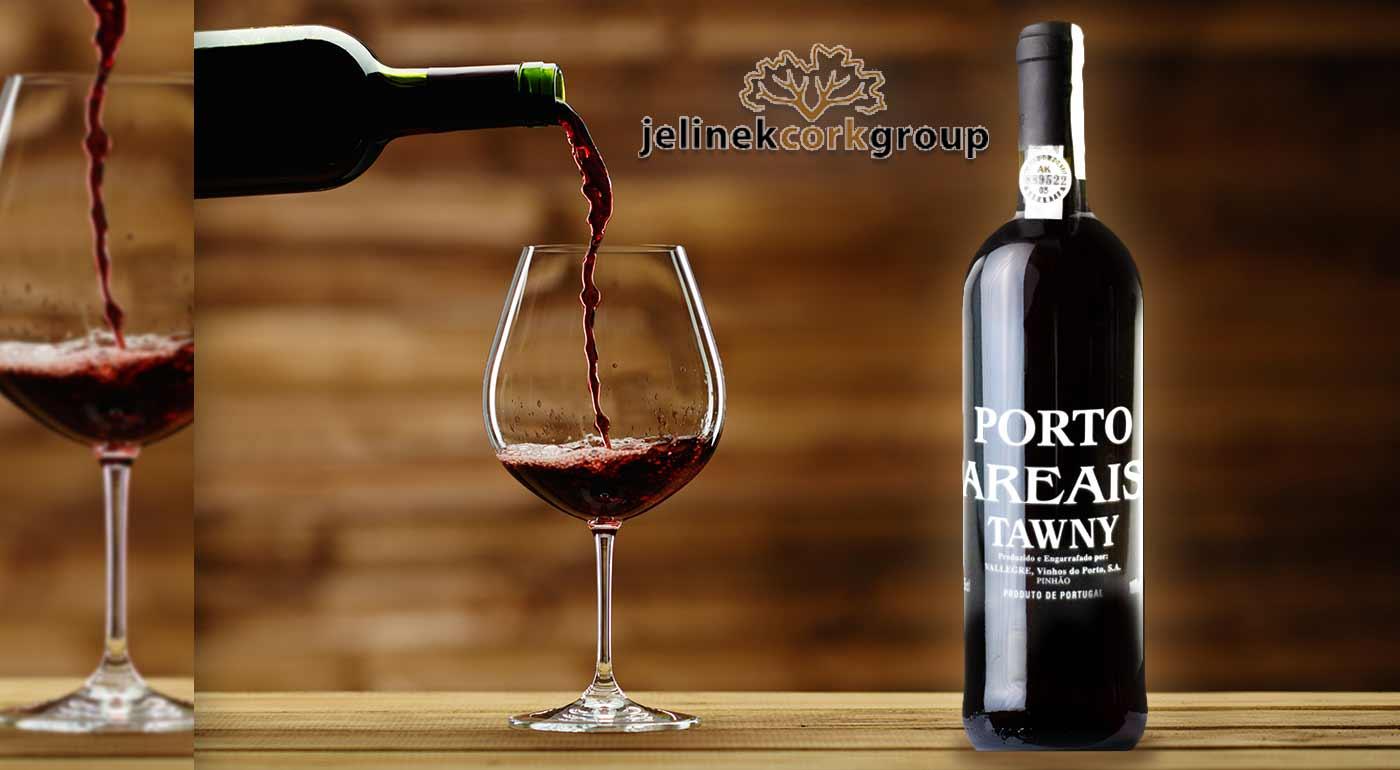 Lahodné portské víno Porto AREAIS TAWNY z údolia rieky Douro