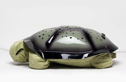 Svietiaca plyšová korytnačka - zelená