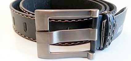 Pánsky kožený opasok s oceľovou prackou - model 5