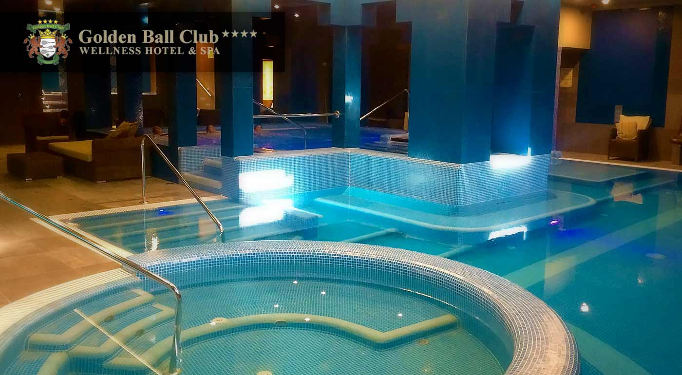 Kráľovský relax v 4* Golden Ball Club Wellness & Spa Hotel v centre Győru blízko slovenských hraníc