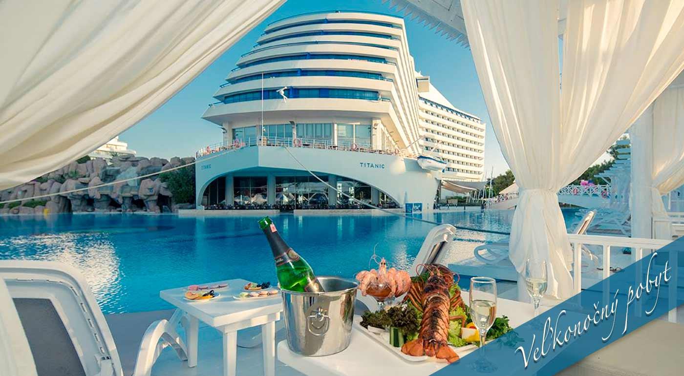 Pobyt na Titanicu v Antalyi - letecký zájazd do Turecka s ubytovaním v 5* hoteli Titanic Lara Beach s all inclusive. V ponuke i termín počas Veľkej noci
