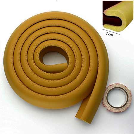 Penová ochrana rohov a hrán nábytku 2m x 3cm (tvar U) - farba Mocca Caffe