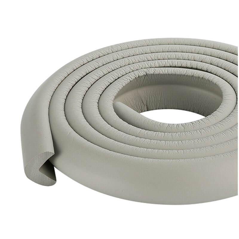 Penová ochrana rohov a hrán nábytku 2m x 3cm (tvar L) - farba slonovinová