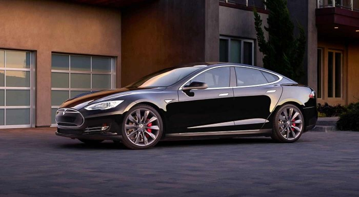 Fotka zľavy: Jazda na luxusnom elektromobile Tesla S P85