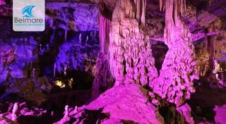 Zľava 29%: Južná Morava sa zapíše do vášho srdca. Brno, pálenica Vizovice, jaskyne a Lednicko-Valtický areál. Neváhajte a vydajte sa na super zájazd s návštevou najkrajších miest Moravy.
