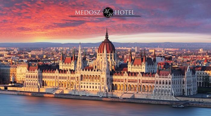 Fotka zľavy: Urobte si výlet do úchvatnej Budapešti a užite si skvelé 3 alebo 4 dni v pulzujúcej metropole Maďarska v pohodlí hotela Medosz***. V ponuke aj varianty so vstupom do známych kúpeľov Szechenyi.