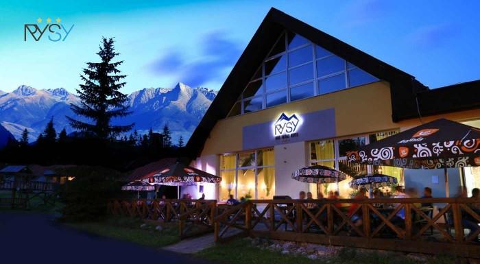Fotka zľavy: Rysuje sa vám voľno v práci? Vyberte sa do Hotela Rysy*** v Tatranskej Štrbe a užite si 3 až 8 dní s polpenziou a wellness.