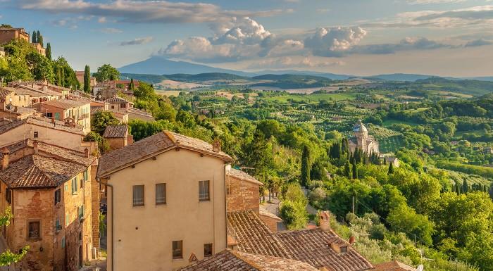 Zamilujte sa do Toskánska a užite si luxusnú dovolenku v Hoteli Borgo I Tre Baroni **** s viac ako storočnou tradíciou. V cene aj raňajky, vstup do bazéna či zľava na večeru.