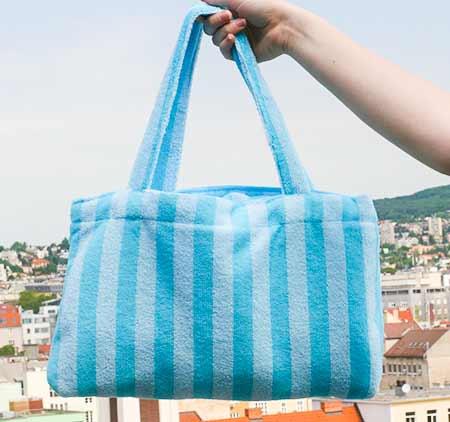 Home Line Jacquelin 2v1 Mikrovláknová osuška v tvare tašky - farba modrá