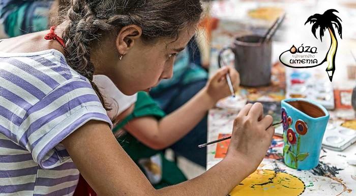 Fotka zľavy: Letný 5-dňový denný tábor Farby leta pre všetkých malých umelcov od 7 do 14 rokov v centre Oáza výtvarného umenia v Bratislave. Modelovanie z hliny, maľovanie, výlety a omnoho viac!