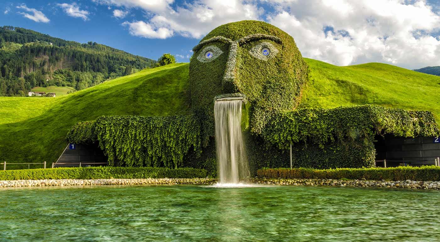Skvelý víkend v Rakúsku: Innsbruck, Swarovského svet krištáľov a knedlíčkový festival