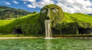 Zľava 30%: Vyrazte s CK Prima Travel na ligotavý zájazd do rakúskeho Innsbrucku, kde na vás čaká aj návšteva Swarovského sveta krištáľov. Neobídete ani zámok tirolských vládcov Ambras a knedlíčkový festival.