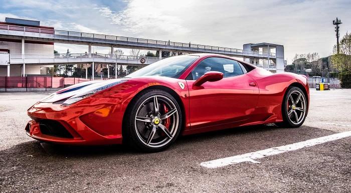 Fotka zľavy: Adrenalínová jazda na superšportiaku Ferrari
