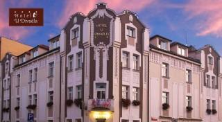Zľava 48%: Navštívte pražské krčmičky, počkajte si na predstavenie Orloja alebo sa prejdite nádhernými parkmi a sadmi. Pobyt v Hoteli u Divadla je správna voľba! V Prahe je vždy čo zažiť!