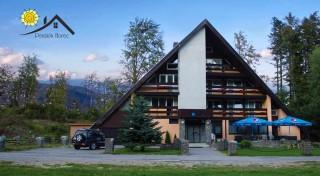 Zľava 44%: Prežite skvelú jar či leto v prírode Kremnických vrchov v Penzióne Horec - Králiky s raňajkami alebo polpenziou a v ponuke variant s kúpaním v kúpacom sude.