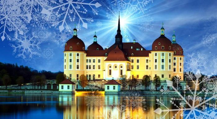 """Fotka zľavy: Navštívte vianočné drážďany s najstaším vianočným trhom v Nemecku a nechajte sa očariť """"Popoluškiným"""" zámkom Moritzburg počas dvojdňového poznávacieho zájazdu."""